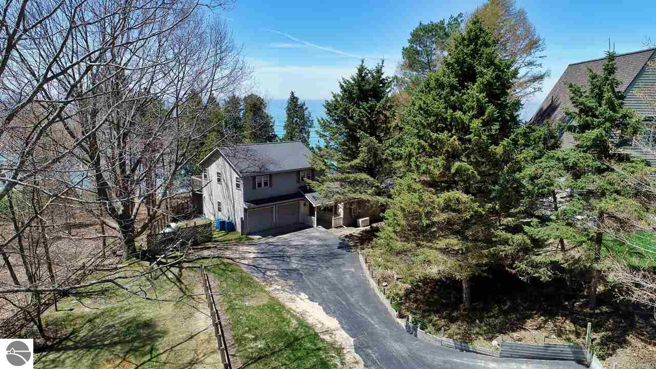 12882 Lakeview, Bear Lake, MI 49614