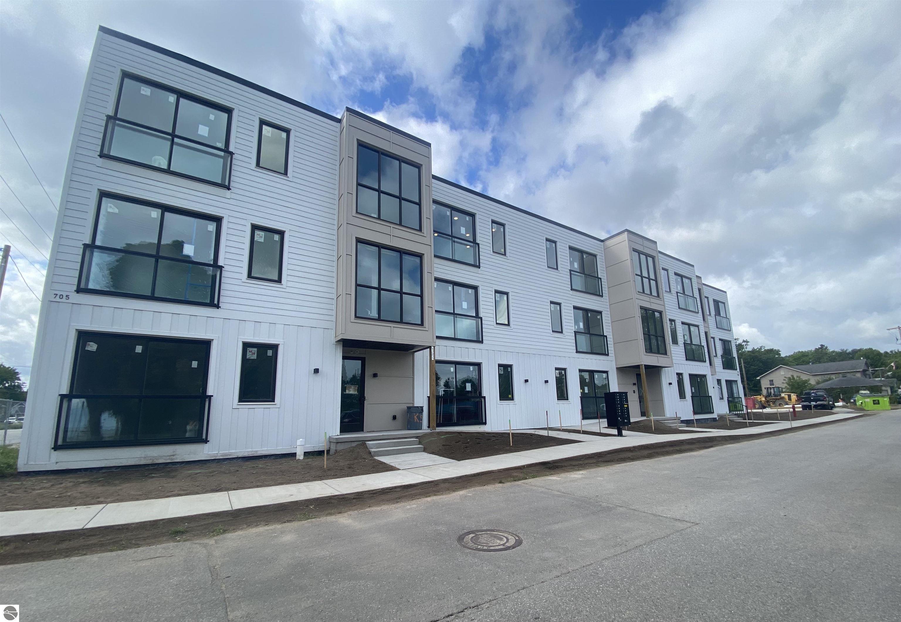 705 Cypress Street 2, Traverse City, MI 49684
