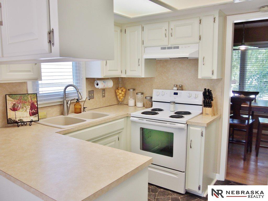 14475 Spring Circle, Omaha, NE, 68144 | Berkshire Hathaway Home ...