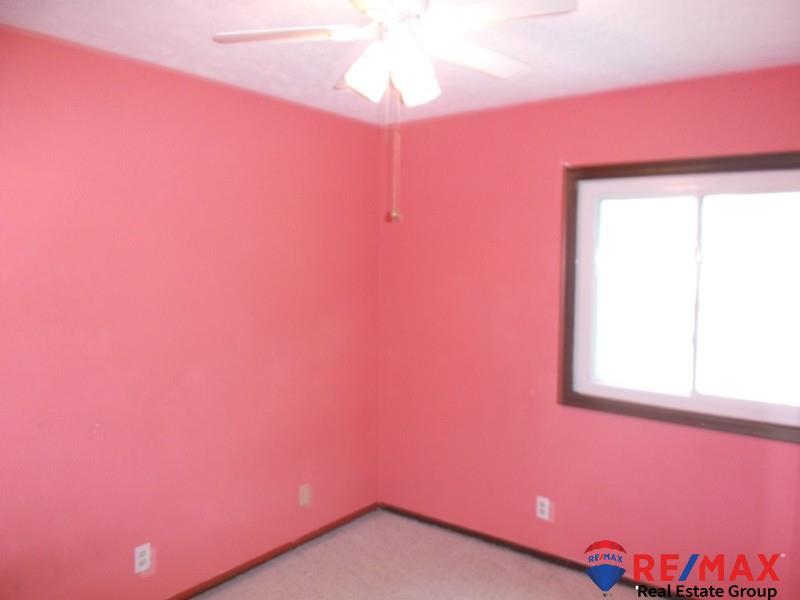 7832 Leafplum Drive, La Vista, NE, 68128 | Berkshire Hathaway Home ...