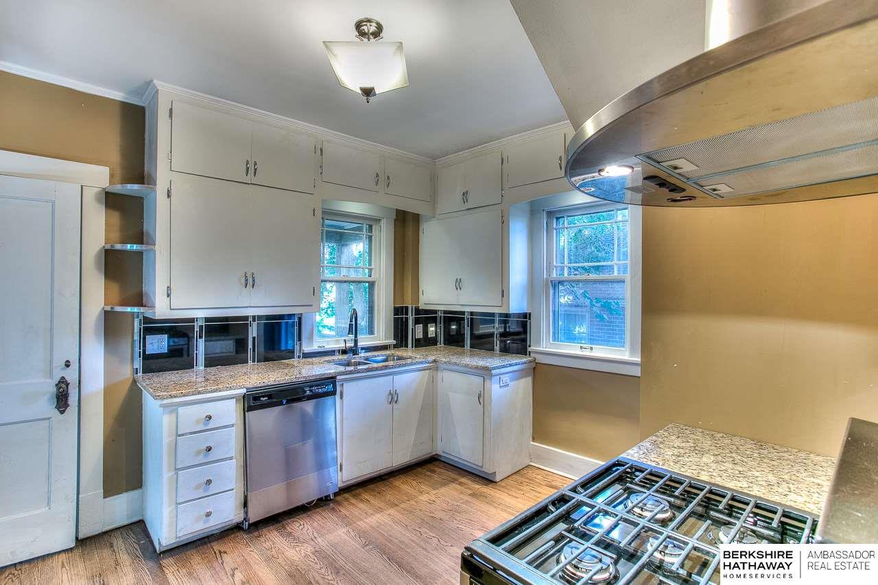 4161 Cass Street, Omaha, NE, 68131 | Berkshire Hathaway Home ...