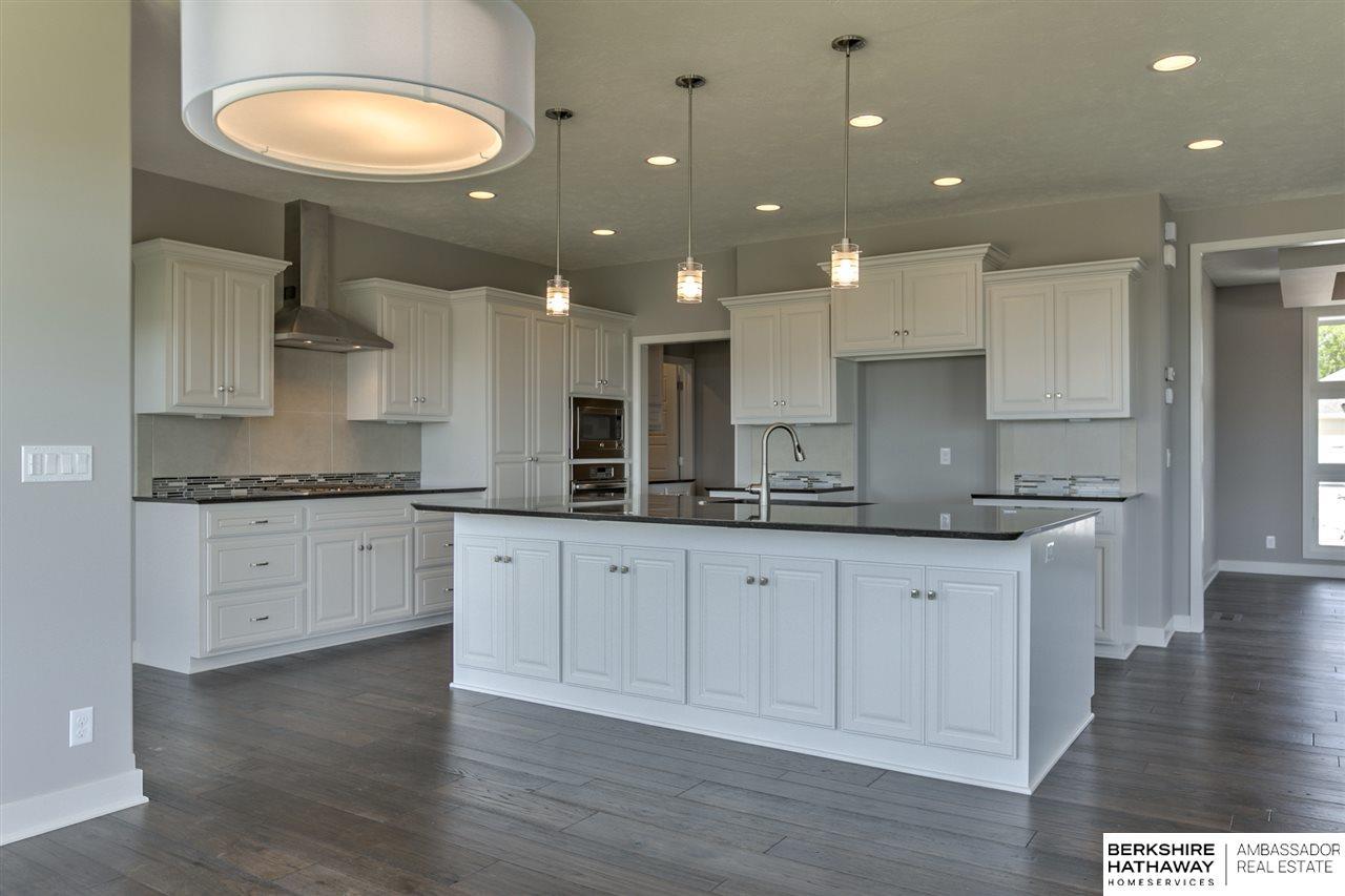 917 S 185 Street, Elkhorn, NE, 68022 | Berkshire Hathaway Home ...