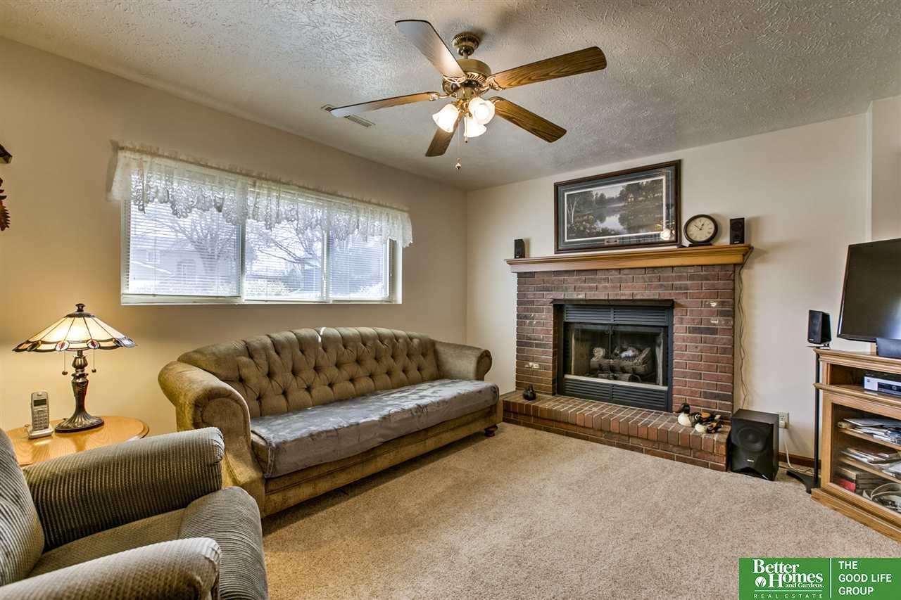 2010 Ann Marie Court, Papillion, NE, 68046   Berkshire Hathaway Home ...