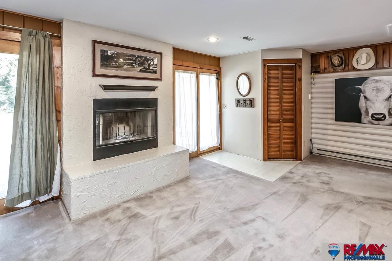 3415 N 267 Plaza, Waterloo, NE, 68069-5829 | Berkshire Hathaway Home ...