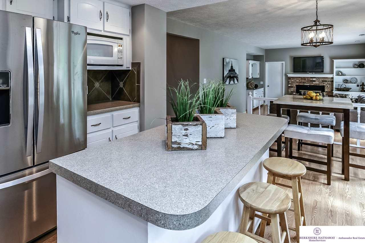 7113 S 140 Street, Omaha, NE, 68138 | Berkshire Hathaway Home ...