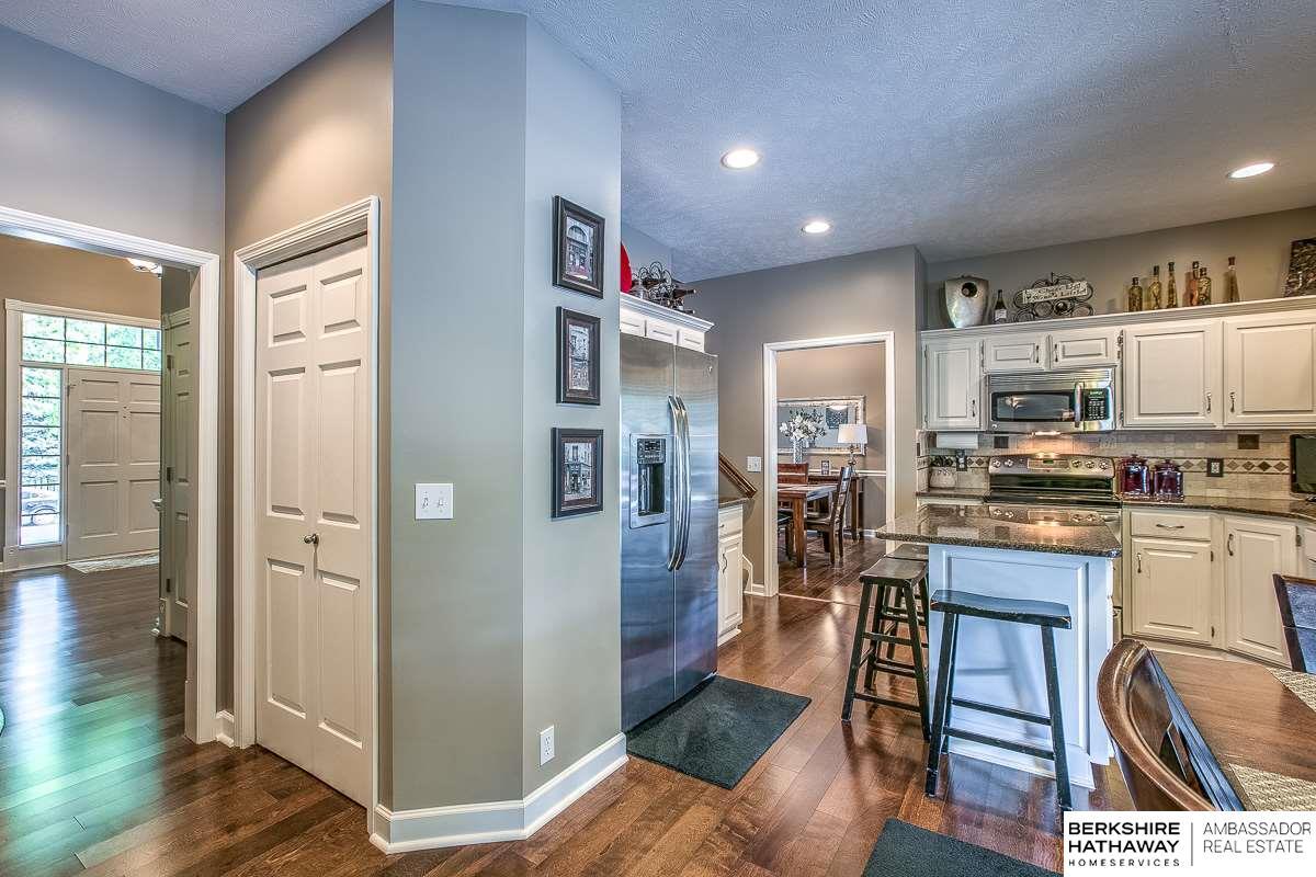 4954 S 174 Street, Omaha, NE, 68135 | Berkshire Hathaway Home ...