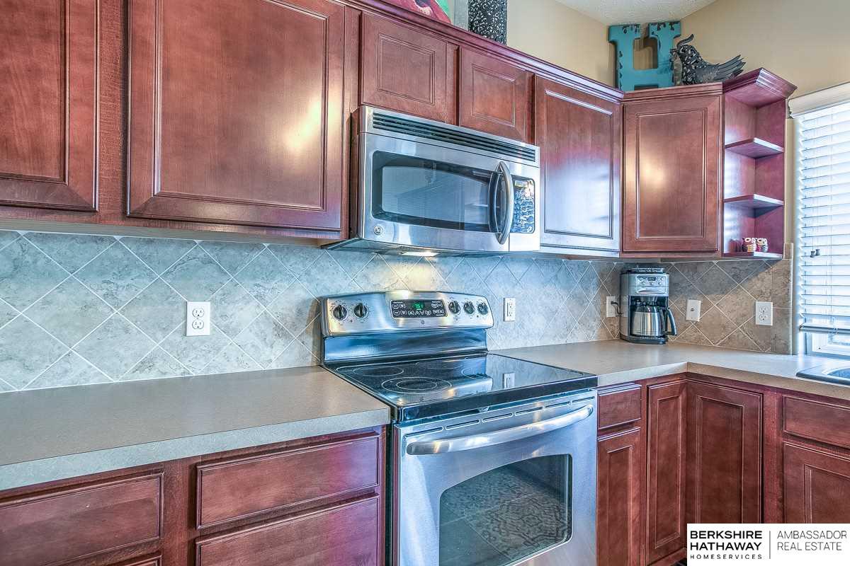 6729 S 188 Street, Omaha, NE, 68135 | Berkshire Hathaway Home ...