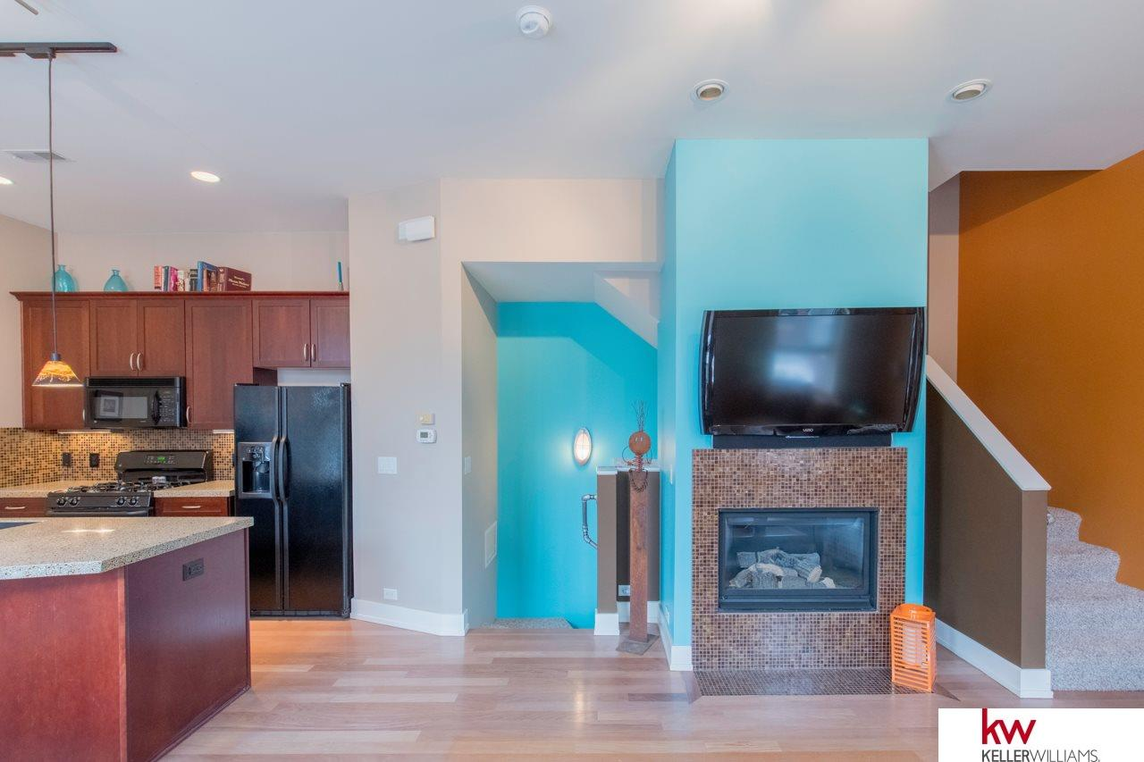 905 S 10th Court, Omaha, NE, 68108 | Berkshire Hathaway Home ...