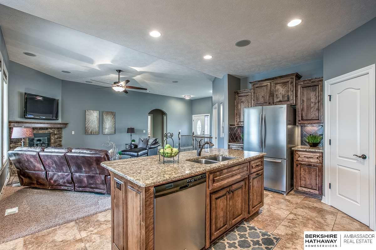 803 S 189 Street, Elkhorn, NE, 68022 | Berkshire Hathaway Home ...
