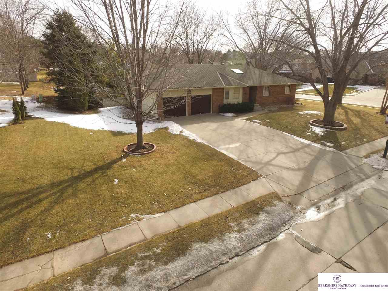 12371 Rose Lane, Omaha, NE 68154 | Berkshire Hathaway Home Services ...