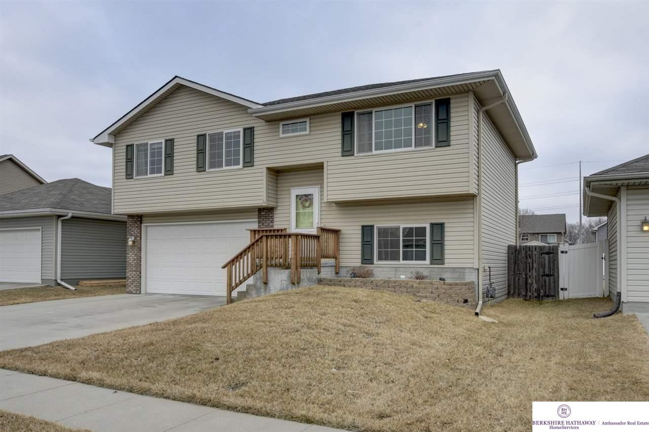 2711 S 16 Street, Council Bluffs, IA 51501