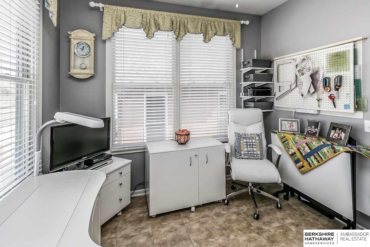 14720 Laurel Plaza, Omaha, NE, 68116 | Berkshire Hathaway Home ...