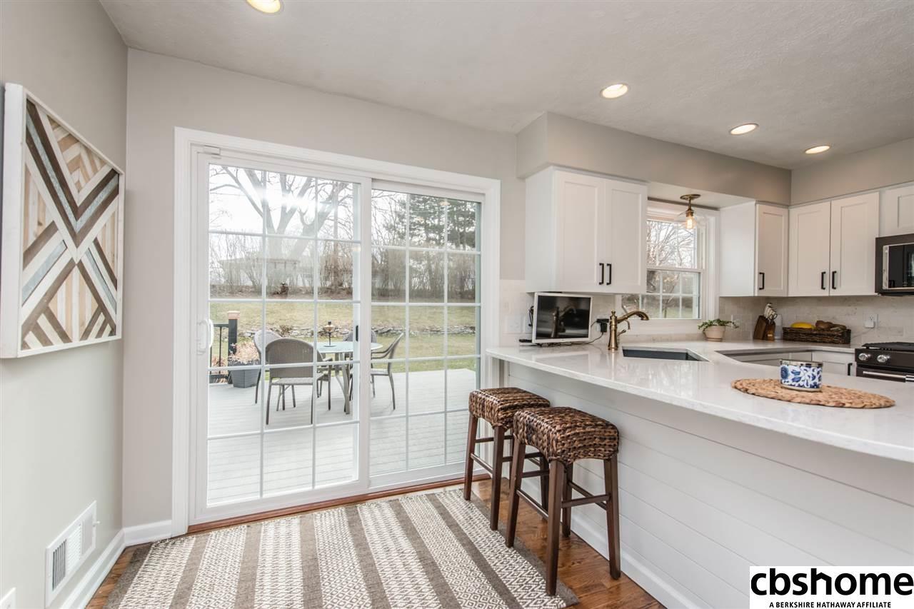 3525 S 101 Street, Omaha, NE, 68124 | Berkshire Hathaway Home ...