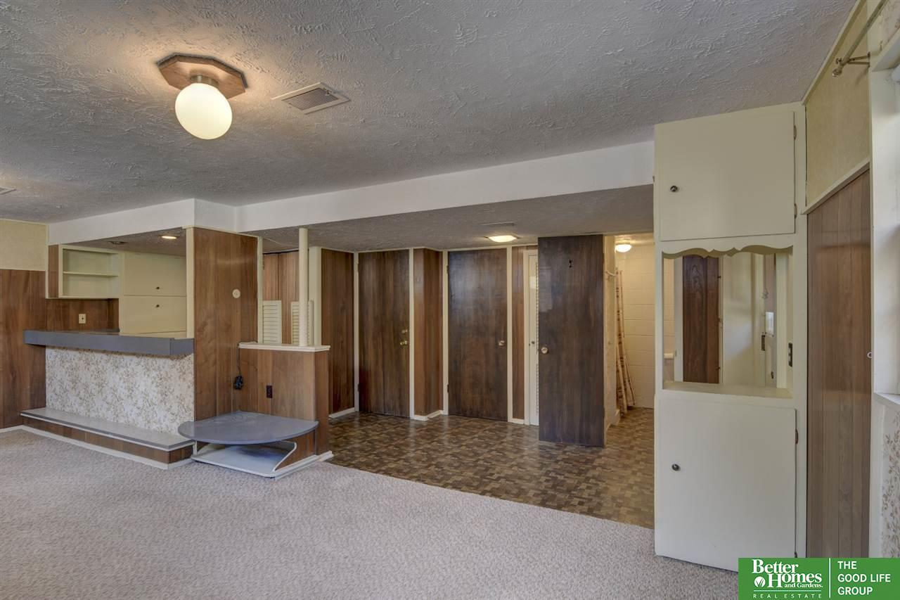 2411 S 48th Street, Omaha, NE 68106   Berkshire Hathaway Home ...