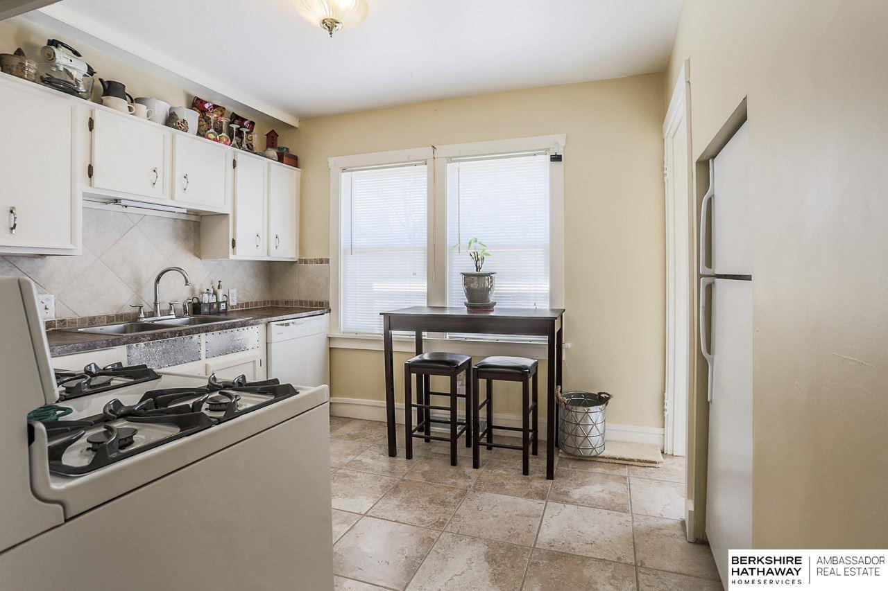 2315 N 63 Street, Omaha, NE, 68104 | Berkshire Hathaway Home ...