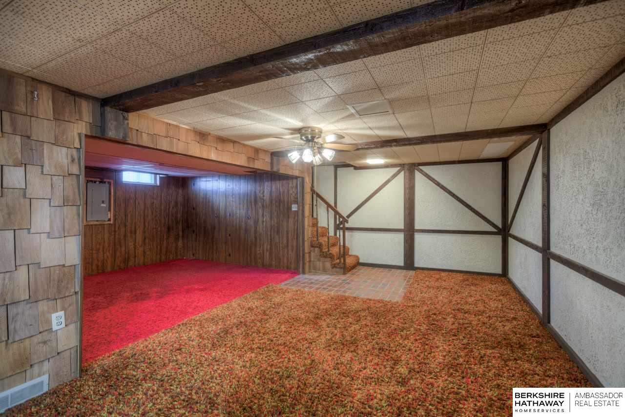 923 N Garden City Road, Fremont, NE 68025   Berkshire Hathaway Home ...