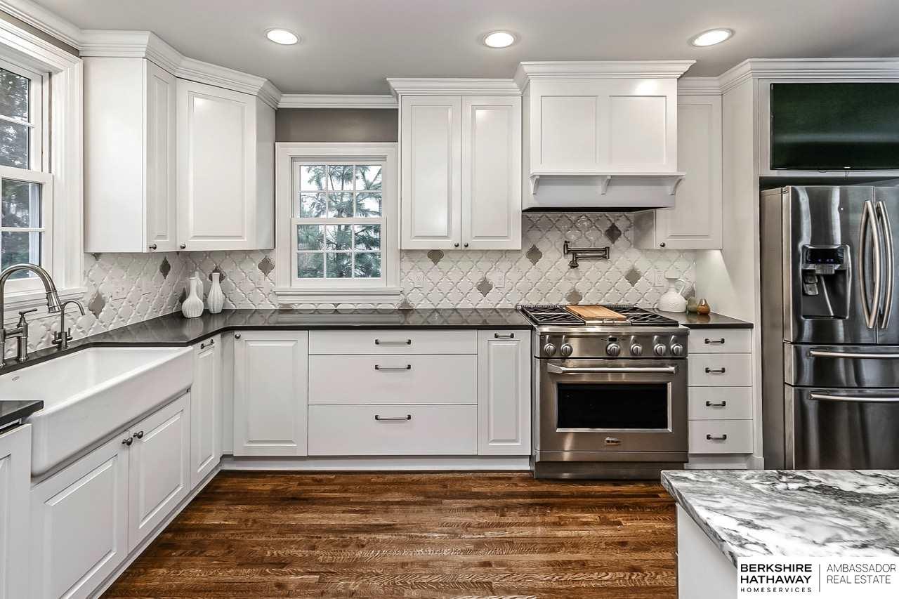 324 S 52 Street, Omaha, NE, 68132 | Berkshire Hathaway Home Services ...