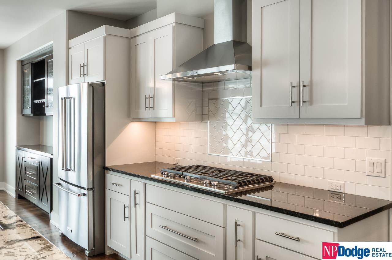 10804 S 175th Street, Omaha, NE, 68136 | Berkshire Hathaway Home ...