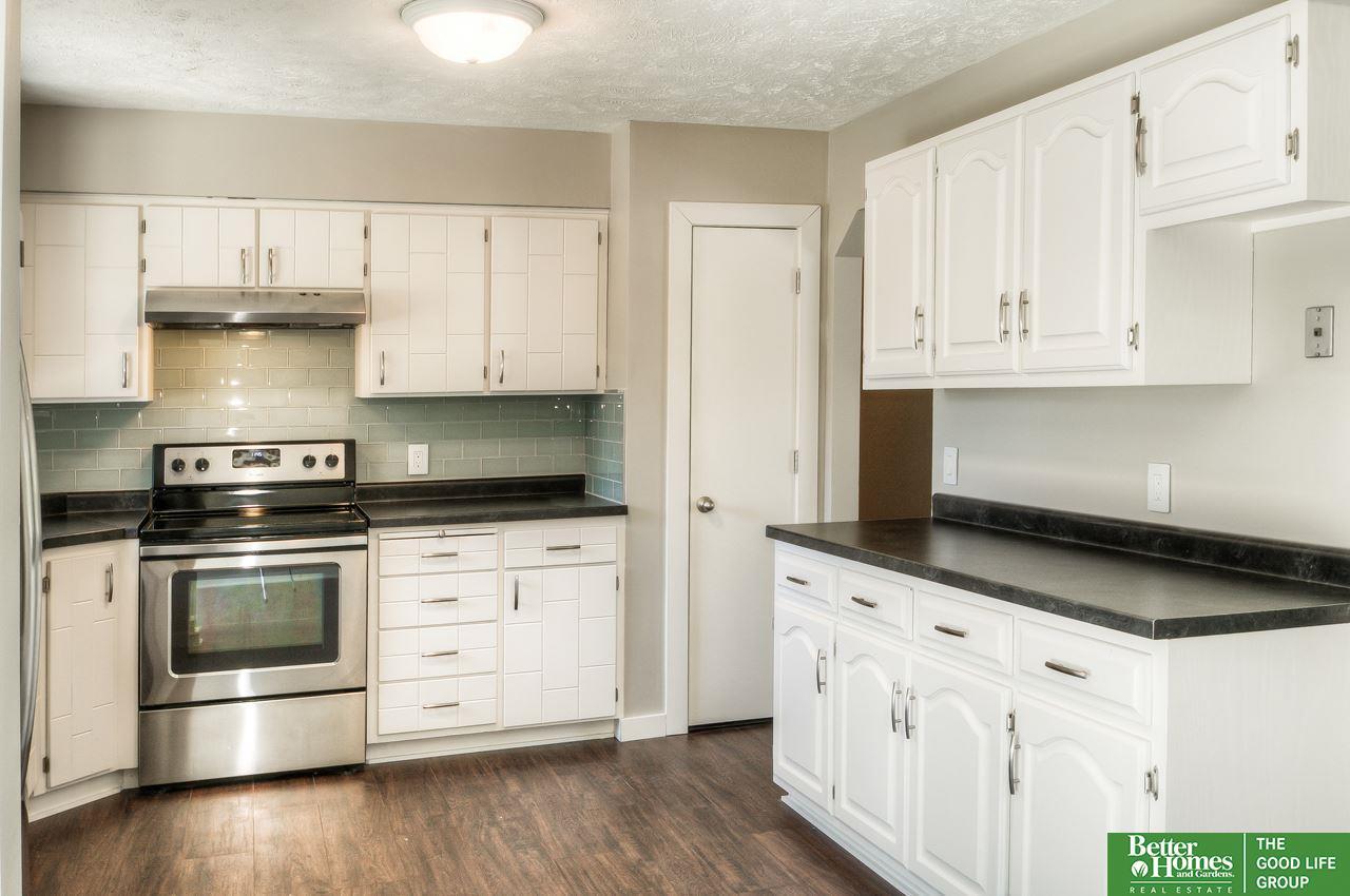 16123 Hickory Street, Omaha, NE, 68130 | Berkshire Hathaway Home ...