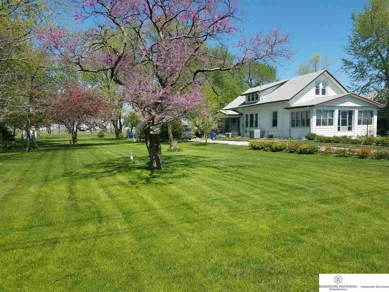 610 N Spruce Street Omaha Home Listings - Nancy Heim-berg Real Estate