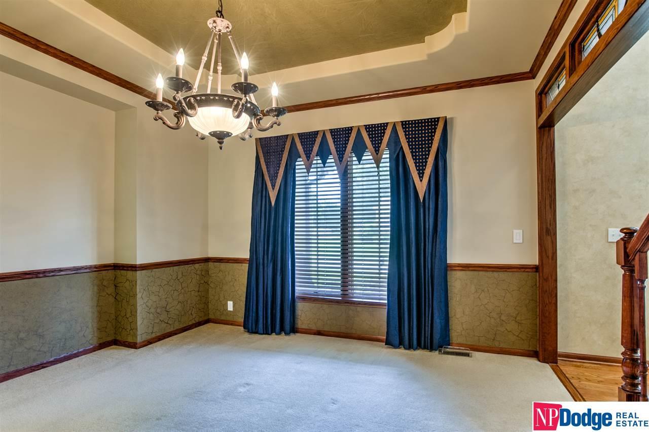 17506 Pine Street Omaha Ne 68130 Georgie Vint