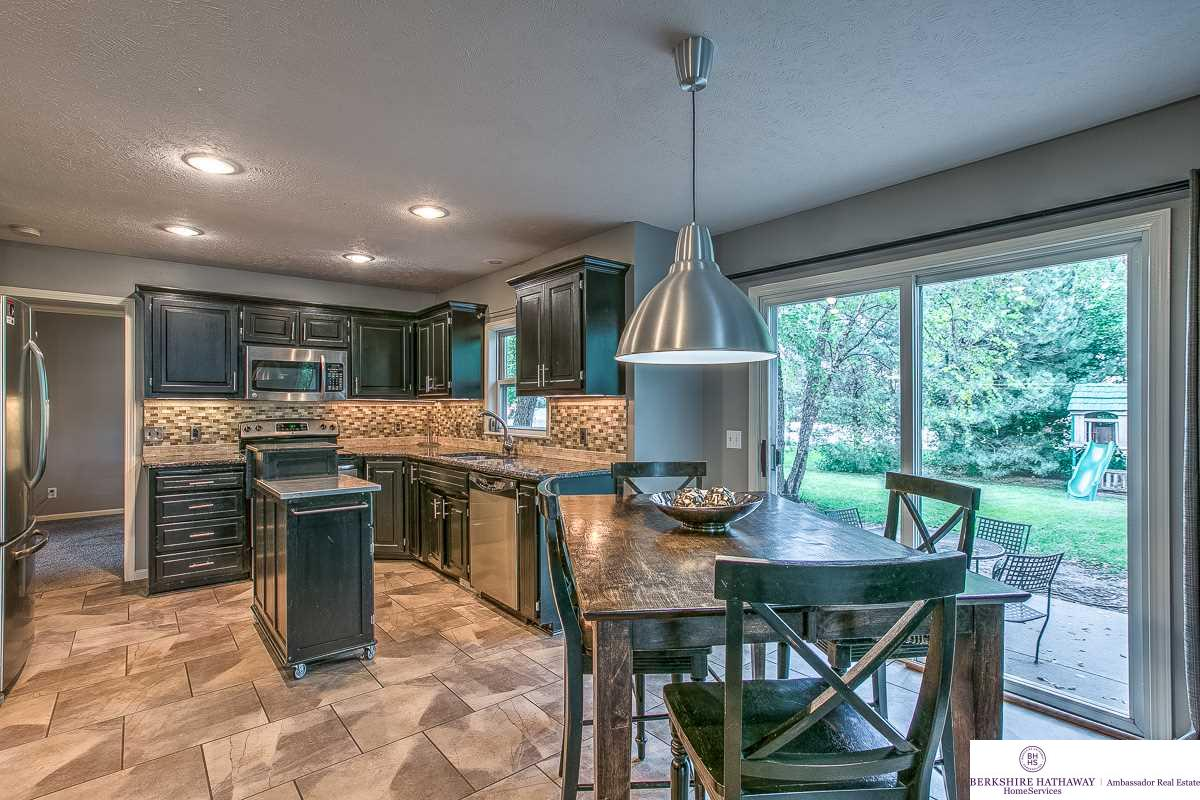 5901 S 174 Avenue, Omaha, NE, 68135 | Berkshire Hathaway Home ...