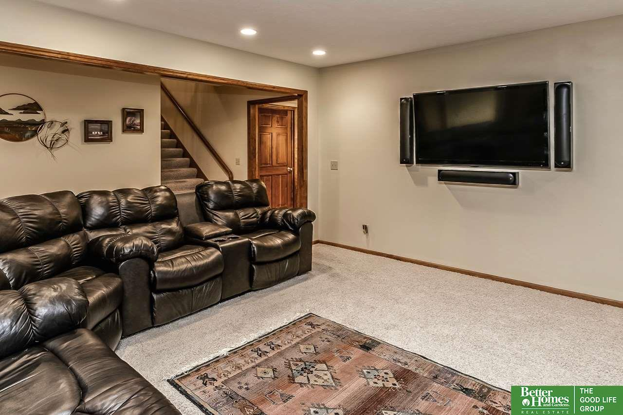 924 S 111th Plaza, #36, Omaha, NE, 68154 | Berkshire Hathaway Home ...