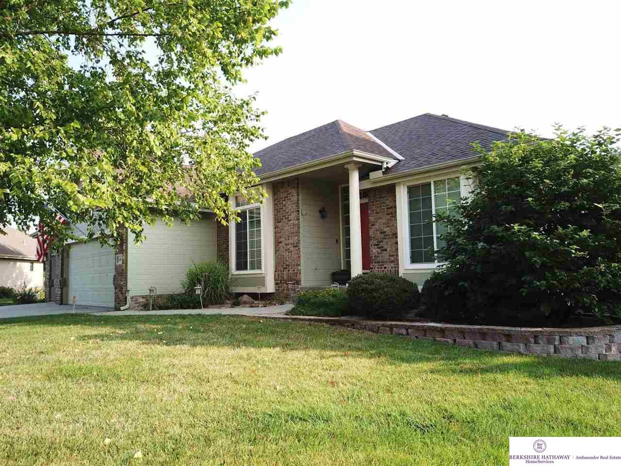 16804 I Circle Omaha Home Listings - Nancy Heim-berg Real Estate