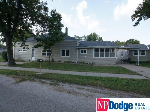 1302 Cedar Street Omaha Home Listings - The Jansen Team Real Estate Agents Omaha Nebraska Homes for Sale