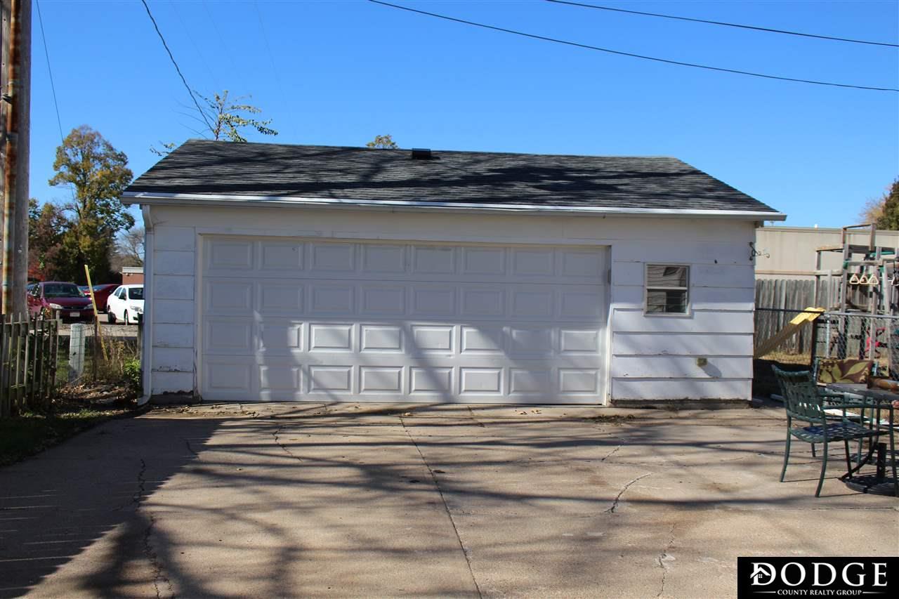 1037 N Logan Street, Fremont, NE 68025