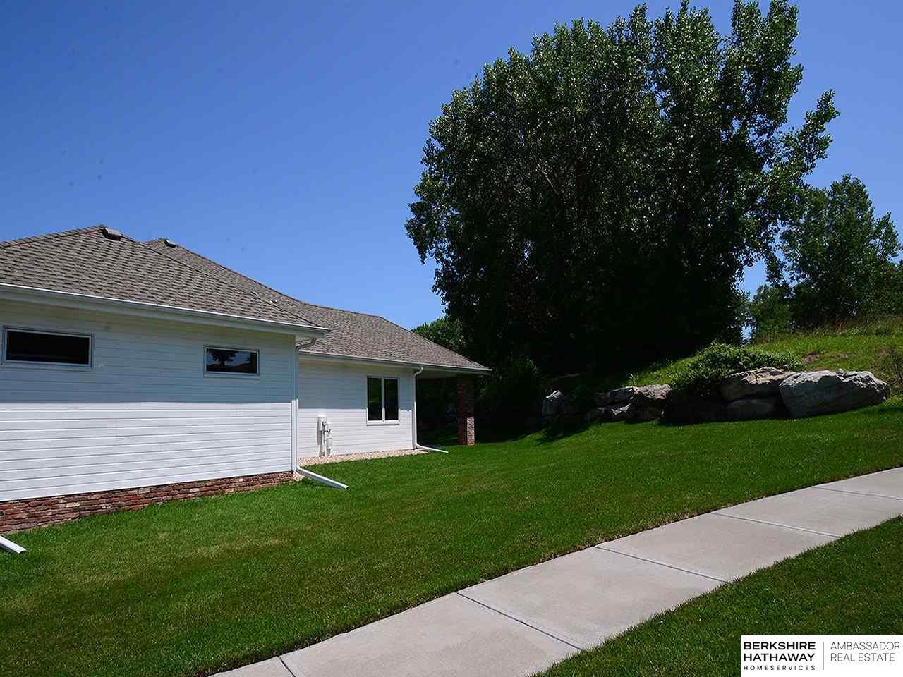 1237 Fairway Circle, Ashland, NE 68003