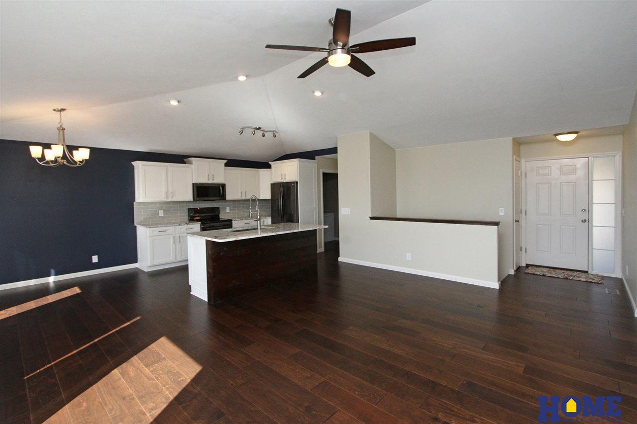 5430 Rockford Drive Lincoln Ne 68521 Berkshire Hathaway Home Services Ambassador