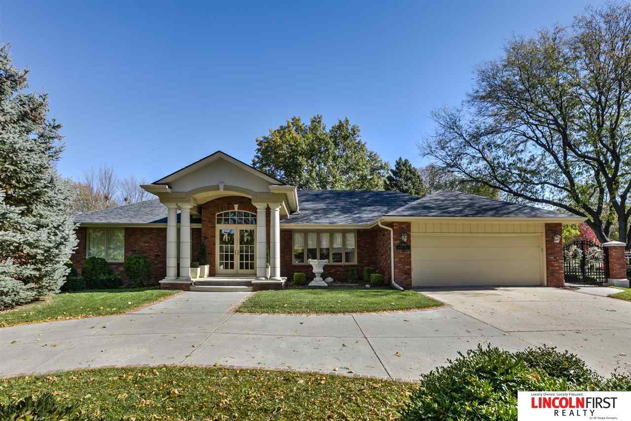 5924 Rolling Hills Boulevard, Lincoln, NE 68512 | Berkshire Hathaway Home  Services Ambassador Real Estate
