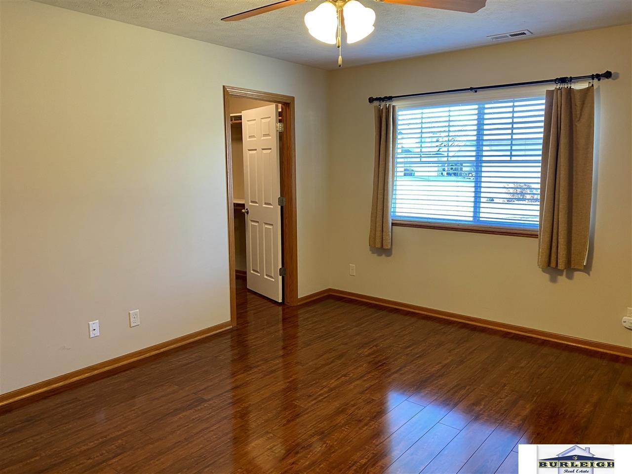 6229 Maple View Drive, Lincoln, NE 68512-4817, MLS ...