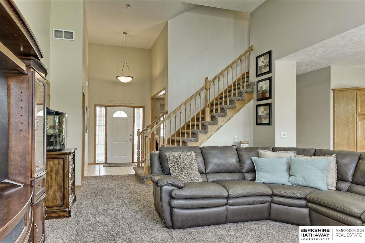 16531 Willow Street Omaha Ne 68136 Mls 22016284 Berkshire Hathaway Home Services Ambassador Real Estate