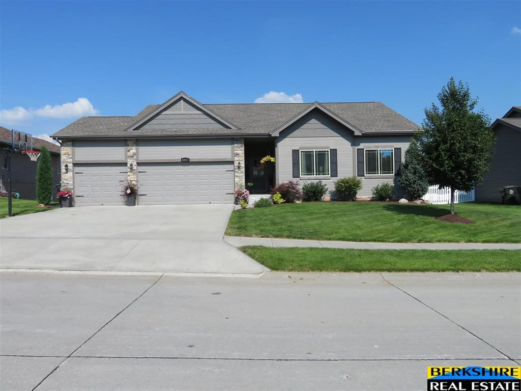 Real estate for sale Gretna NE
