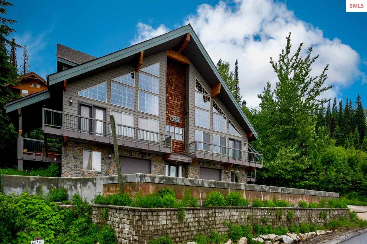 Schweitzer Mountain Condos, Ski Chalets and Land for Sale