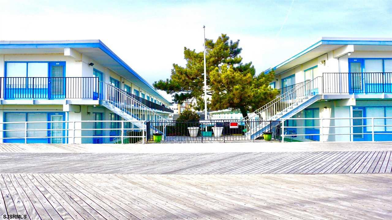 3501 Boardwalk