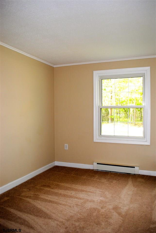 5653 Yale Ave - Picture 15