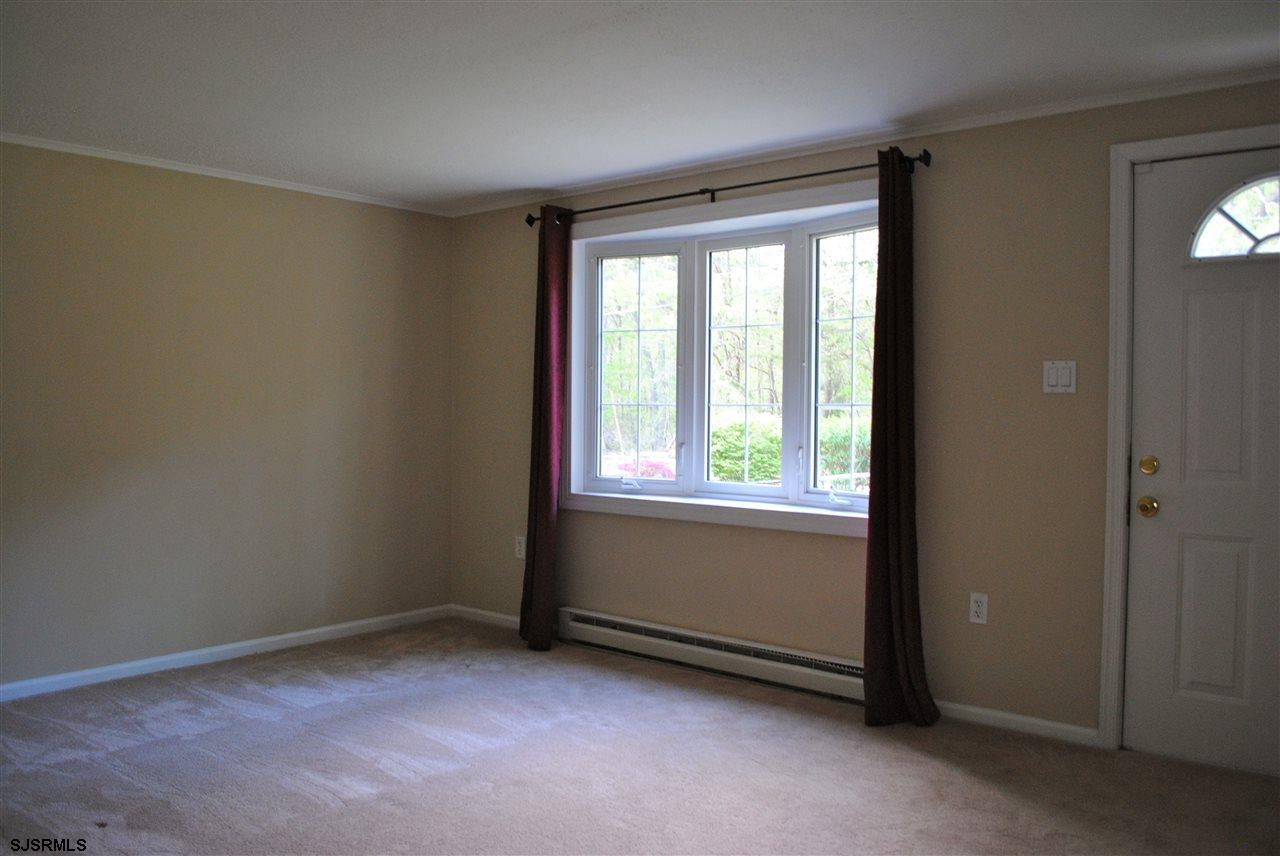 5653 Yale Ave - Picture 4