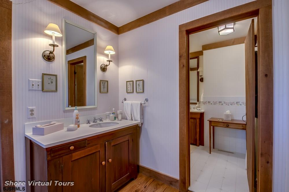 5609 Dune Dr - Picture 11