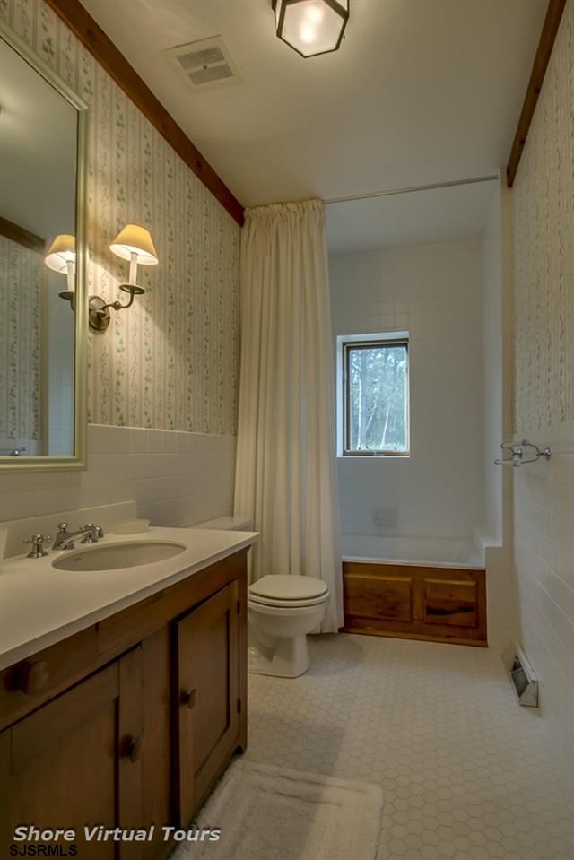 5609 Dune Dr - Picture 17