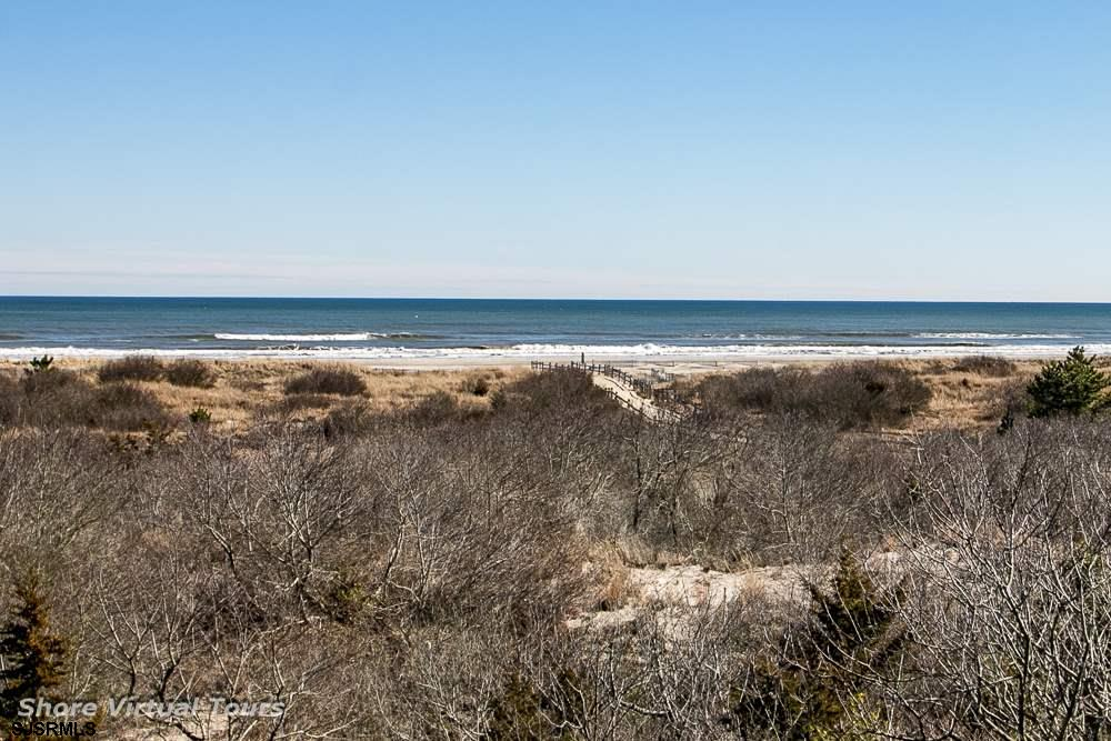 5609 Dune Dr - Picture 3