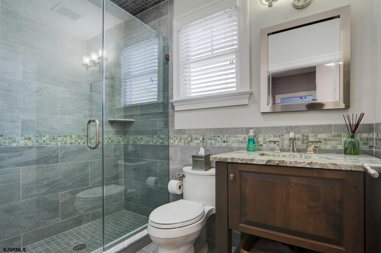 27 N Manor Avenue - Picture 16