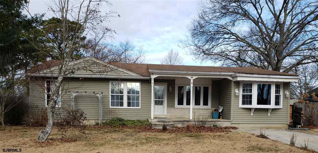 BACK ON MARKET!!! SHORT SALE IS BANK APPROVED AT THIS PRICE!  FAST CLOSE***EGG HARBOR TOWNSHIP*** GR