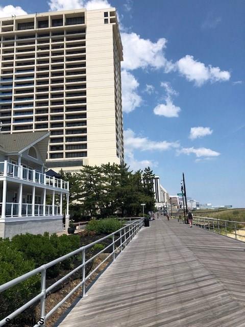 3851 Boardwalk
