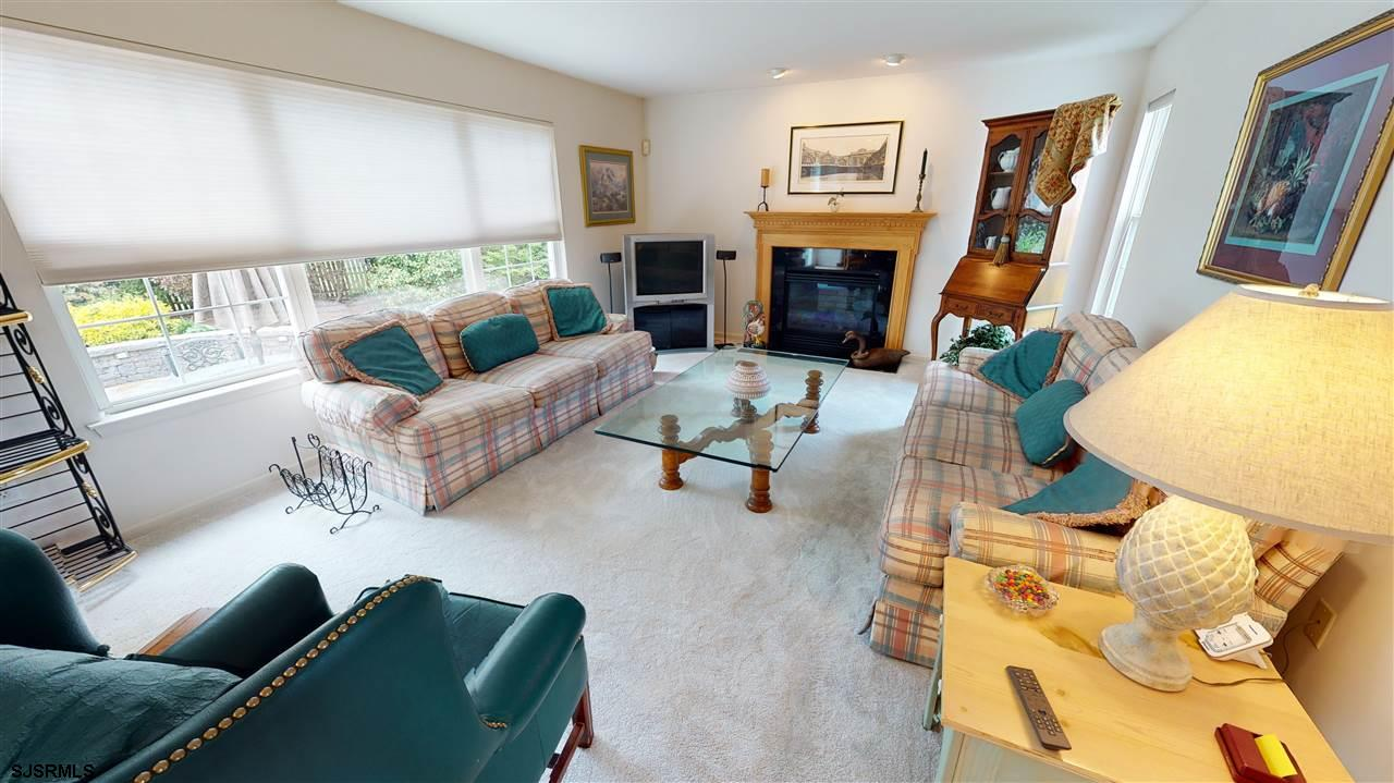 309 Joann Dr - Picture 5