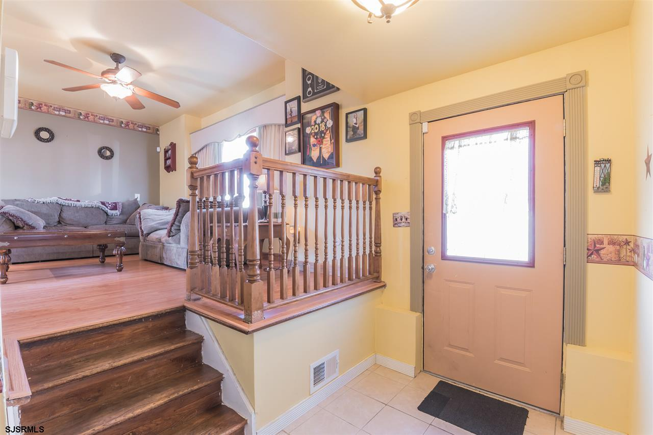 1849 Mountain Dr Dr - Picture 5