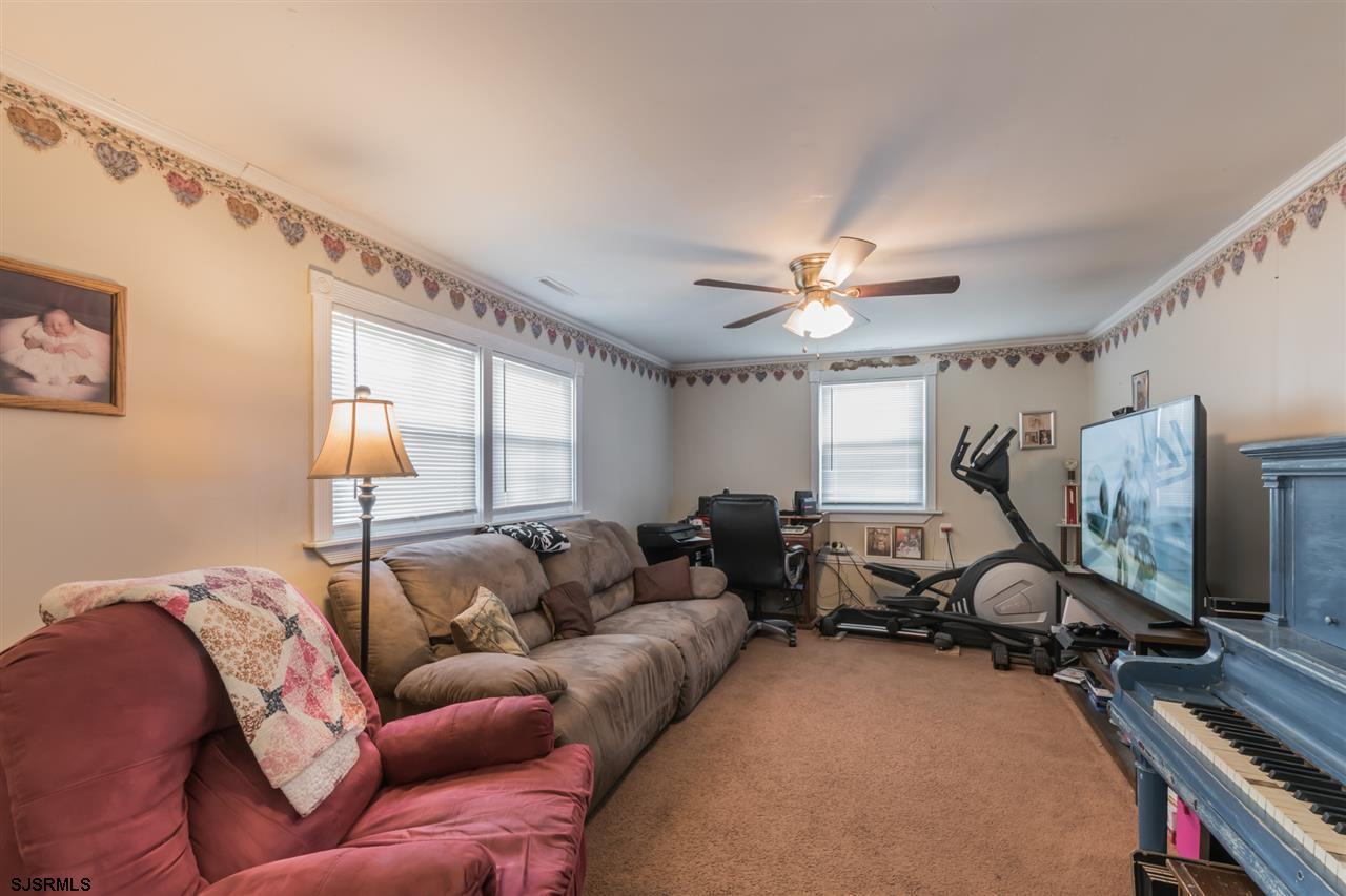 1849 Mountain Dr Dr - Picture 6