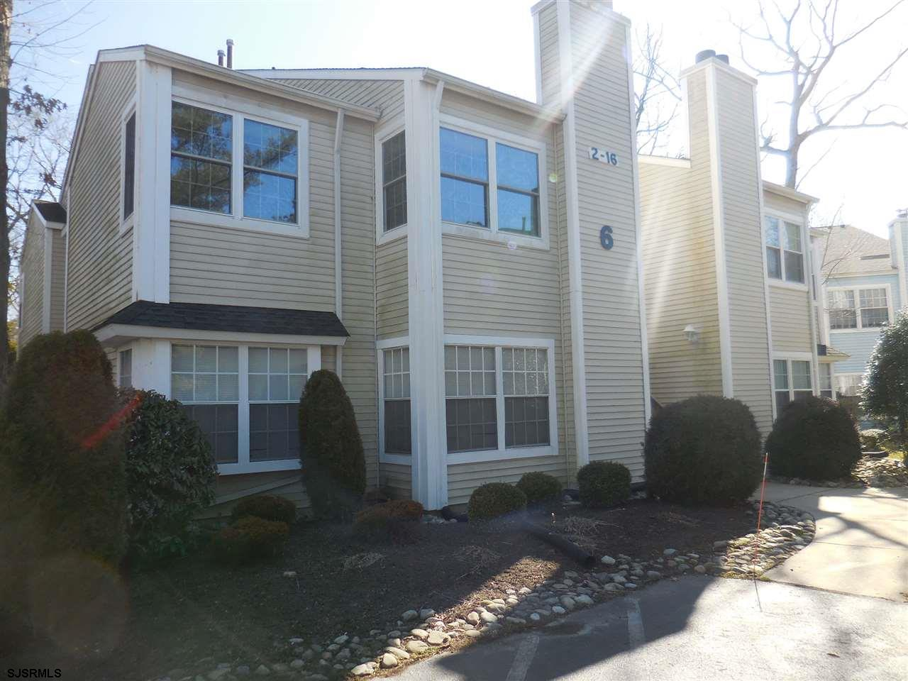 1st Floor unit. Remodeled unit. Clean and ready for a new owner. HVAC only 1 year old. White Kitchen